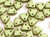 30 st Czechmates Triangles 6 mm, Pearl Coat - Olive