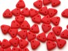 30 st Czechmates Triangles 6 mm, Matte - Opaque Red